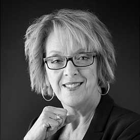 Joanne Caron, responsable des médias sociaux